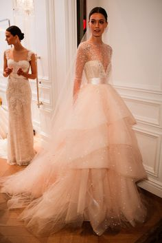 Explore these 5 wedding dress trends to find a look you'll always remember for the special day you'll never forget.   Collection: Monique Lhuillier Spring 2016  Source: Getty / Thomas Concordia