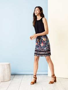 87c627fc25 Ann Taylor/Loft · This floral skirt is a have-to-have Floral Skirt Outfits,  Short Outfits