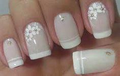 Resultado de imagem para unhas decoradas com francesinha para noivas