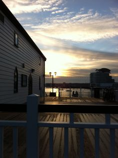 This was such a lovely evening at Cardiff Bay, I love the way the camera caught the light.