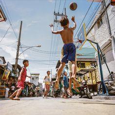 Une étude photographique des plus beaux terrains de basket au monde - VICE