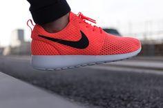 Los colores con fuerza vuelven más que nunca. Descubre nuestra colección. #zapatillas #nike #tenis2015 #zapatillastendencia #tendencia2015