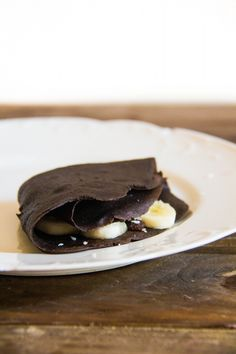 {Healthy} Chocolate Crepes for One