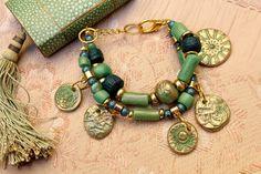 Bracelet ethnique multirangs jade vert sapin-or. par MesOdalisques