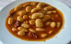 Si quieres saber como se hacen los famosos Judiones de La Granja aquí tienes la receta. Fácil y sencilla. Un plato típico de Segovia con una gran tradición.