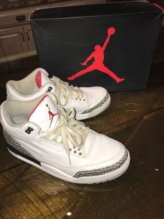 buy popular 5b090 c3291 Nike Air Jordan 4 Retro - Size 9 - White Black-Cement Gray -