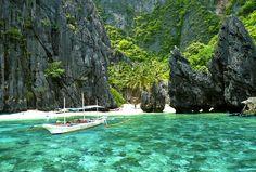 Secret Lagoon, El Nido, Palawan, Philippines 2013 © Sabrina Iovino   JustOneWayTicket.com