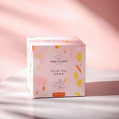 FREEOCLOCK Hong Kong tea - Tea & Coffee - Package Inspiration A pink and girly packaging design for a tea brand with minimalist and modern, abstract geometric shapes and colorful pattern. Design Typography, Design Logo, Design Poster, Label Design, Package Design, Brand Design, Cosmetic Packaging, Beauty Packaging, Brand Packaging