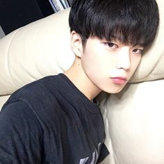 Images and videos of ulzzang girl icons Korean Boys Ulzzang, Ulzzang Couple, Ulzzang Boy, Korean Men, Korean Girl, Cute Asian Guys, Cute Korean Boys, Asian Boys, Asian Men