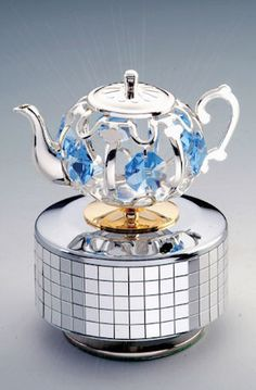Silver Teapot Music Box -- LOVE!!!