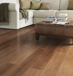 ideas living room floor laminate rustic for 2019 Living Room Without Rug, New Living Room, Living Room Modern, Basement Flooring Options, Hall Flooring, Living Room Flooring, Bedroom Colors, Home Decor Bedroom, Interior Design