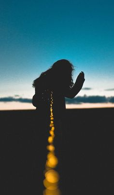 One of many great free stock photos from Pexels. This photo is about person, silhouette, sky. Shadow Photography, Girl Photography Poses, Creative Photography, Fairy Light Photography, Free Photography, Belle Tof, Silhouette Pictures, Silhouette Photo, Shooting Photo