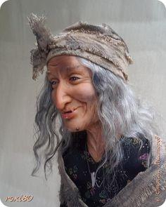 Здравствуйте, дорогие друзья и гости! Вот и моя бабуся-Ягуся. Я от нее в востоге, она как живая смотрит ) Лепила из Ливингдолл, а туловище как всегда мягко-набивное. фото 1