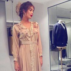"649 mentions J'aime, 4 commentaires - Maghreb & Oriental Luxury (@maghreb.oriental) sur Instagram : ""@avantgardemoroccandresses  #caftan #mariage #mariagemarocain #marieemarocaine #wedding…"""