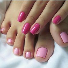 Best nail designs and tutorials for pretty, fashion nails. Pretty Toes, Pretty Nails, Feet Nails, Luxury Nails, French Tip Nails, Toe Nail Designs, Nails Design, Art Designs, Toe Nail Art