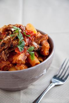 A clever and delicious way to use up the left-overs from Sunday's roast. Delicious, moist pork in a spicy tomato sauce served on pasta. Leftover Pork Recipes, Leftover Pork Roast, Pork Roast Recipes, Meat Recipes, Pasta Recipes, Cooking Recipes, Recipies, Savoury Recipes, Sauce Recipes