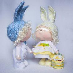 Tanya K  #doll #dolls #handmadedoll #handmade #fabricdoll #textile #homedecor #couple #кукла #кукларучнойработы #куклыручнойработы #куклаинтерьерная #парочказайчиков #текстильнаякукла