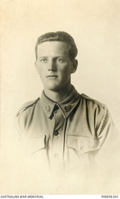 WWI, 20 April 1917, Pt Lionel V Cordell was KIA, France. He has no known grave and is commemorated at the Villers-Bretonneux Memorial.