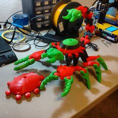I just finished a super rad shell upgrade for my huge Tinkerplay scorpion! It took a total of 12 hours with 2 filament changes and it was so worth it! #tinkerplay #3dprinting #pla #afinibot #nwa3d #fayetteville #fayettevillear #nwa