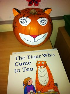 The Tiger Who Came To Tea Pumpkin Craft - love this idea and fits on with Halloween! Pumpkin Books, Pumpkin Crafts, Letter T Activities, Tea Display, Orange Book, Safari Birthday Party, Autumn Crafts, Tea Art, Toddler Fun