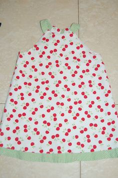 Florence Eiseman Boutique Cherry style dress in 3T - so cute