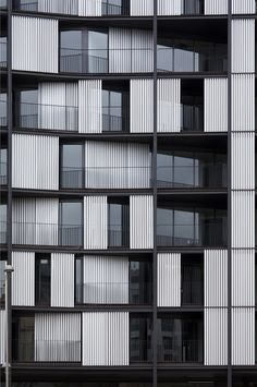 Edificios de Viviendas, Ria de Bilbao designed by Carlos Ferrater, Xavier Martí and Lucía Ferrater Architects