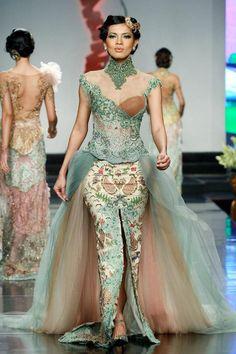 24 Ideas dress hijab batik fashion weeks for 2019 Kebaya Lace, Batik Kebaya, Kebaya Dress, Batik Dress, Kebaya Hijab, Trendy Dresses, Nice Dresses, Kebaya Wedding, Wedding Hijab