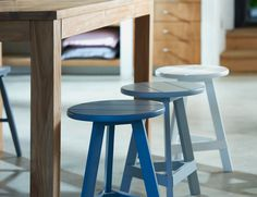 Three stools, three shades of colour Living Spaces, Living Room, Interior Decorating, Interior Design, Home Studio, Little Houses, Danish Design, Home Projects, Interior Inspiration