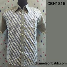 Kemeja batik pria casual style   Material : batik cap halus motif parang dan katun chambray berkualitas   Jahitan butik rapi, bahan pilihan, model modern stylish.   IDR 140.000   Order/details/other products : Phone : 08156700691  WA : 08156700691  Pin BBM : 7C128A79   Follow and visit : IG @chameleonbatik  FB @chameleonbatik  www.chameleonbatik.com
