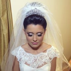 Noiva Barbara. Bride. Wedding. Makeup. Beauty. Hair.