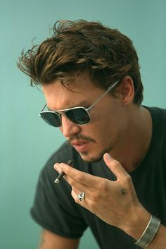 LOVE Johnny Depp's lips-they're perfect. Muah