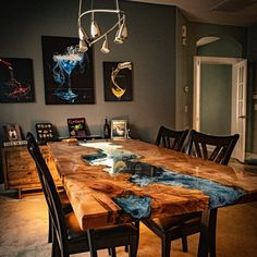 Walnut dining table with transparent turquoise resin Epoxy Wood Table, Epoxy Resin Table, Epoxy Table Top, Wood Slab Table, Diy Resin River Table, Table Turquoise, Resin Furniture, Furniture Legs, Barbie Furniture