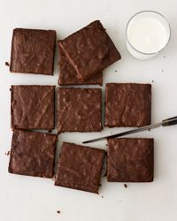 Fudgy Chocolate Brownies   For the Weekend Baker: Using applesauce instead of oil or butter cuts back on fat without sacrificing the rich texture of this super-chocolaty dessert.