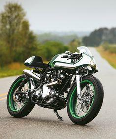 Norton Commando 750 by Fuller Moto