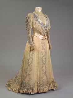 Worth dress of Empress Maria Feodorovna, 1898  From the State Hermitage Museum Fripperies and Fobs