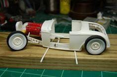 32 traditional Hot Rod - Scale Auto Magazine - For building plastic & resin scale model cars, trucks, motorcycles, & dioramas