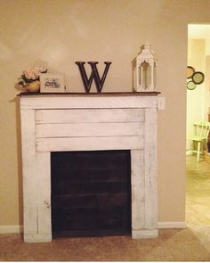 DIY pallet faux fireplace