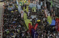 """60.000 personas plantan cara a Pekín con una marcha en Hong Kong    """"Cualquier intento de poner en peligro la soberanía nacional será abso..."""