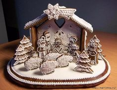 Mostly sheep and trees. Gingerbread House Designs, Gingerbread House Parties, Christmas Gingerbread House, Gingerbread Cookies, Gingerbread Houses, Frugal Christmas, Christmas Food Gifts, Christmas Desserts, Christmas Baking