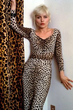 Debbie Harry, the lead singer of Blondie, stands by her story about being abducted by Ted Bundy, which she is expected to discuss in-depth in her upcoming memoir. Blondie Debbie Harry, Debbie Harry Style, Chris Stein, Ted Bundy, New York Homes, Studio 54, Blondies, The Guardian, Portrait