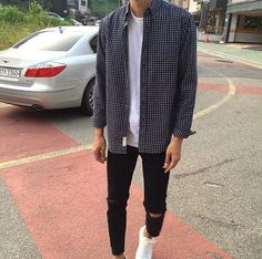 Korean Fashion Trends you can Steal – Designer Fashion Tips Korean Outfits, Boy Outfits, Casual Outfits, Men Casual, Korean Fashion Men, Boy Fashion, Fashion Outfits, Fashion Trends, Fashion Sale