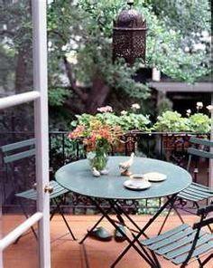 8 Fantastic Balcony Breakfast Nooks With Folding Furniture Folding Furniture, Outdoor Furniture Sets, Outdoor Rooms, Outdoor Dining, Outdoor Gardens, Outdoor Decor, Outdoor Balcony, Outdoor Patios, Outdoor Retreat