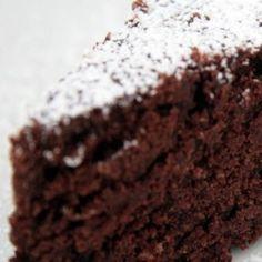 Soft dark chocolate cake- Torta al cioccolato fondente morbida Soft dark chocolate cake - Pistachio Torte Recipe, Strawberry Torte Recipe, Blueberry Torte, Lemon Torte, Apple Torte, Raspberry Torte, Apple Recipes, Cake Recipes, Dessert Recipes
