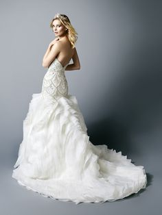 Beautiful flare and fit @valstefani wedding dress with a drop waistline