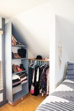 No Closet Problem Smart Solutions From A Charming Rental Bedroom Apartment Therapy