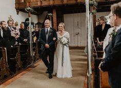 Schlosshochzeit Tirol Party Fotos, Amy, Bridesmaid Dresses, Wedding Dresses, Weddings, Fashion, Marriage Anniversary, Bridesmaids, Dress Wedding
