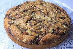 Torta con nutella, granella di nocciole e mandorle