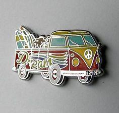 VW-VOLKSWAGEN-BUS-CAR-HIPPIE-SURFER-MINIBUS-LAPEL-PIN-BADGE-1-INCH