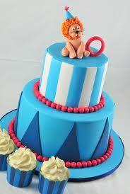 Inspiration for a Circus & Carnival cake and cupcakes. Novelty Cakes Dubai. Sweet Secrets. www.sweetsecretsdubai.com