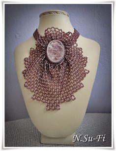 Biżuteria od N.Su-Fi: Koralikowy żabot